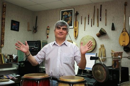 Член союза композиторов добрынин