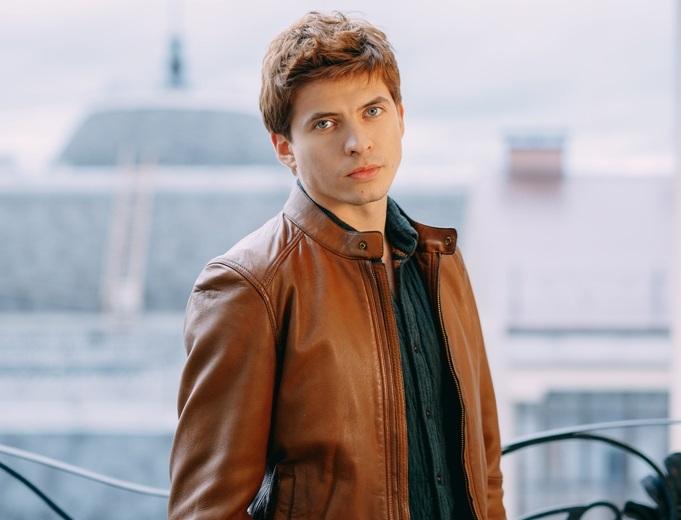 Олег Ивенко