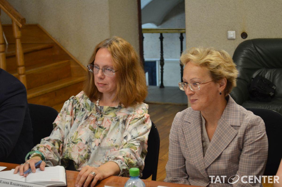 Елена Агзамова деловая встреча TatCenter
