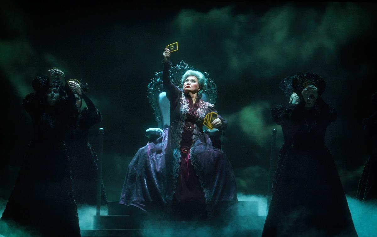 опера Пиковая дама Шаляпинский фестиваль