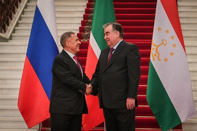 Президент Татарстана Рустам Минниханов и президент Таджикистана Эмомали Рахмон