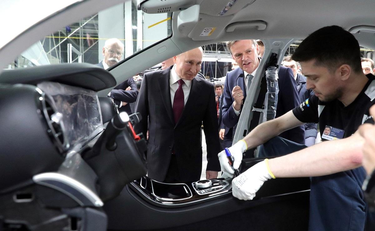 Путин на открытии завода Мерседес в Подмосковье