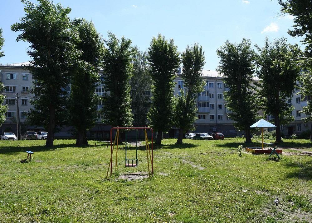 Двор на улице Тинчурина 7 в Казани