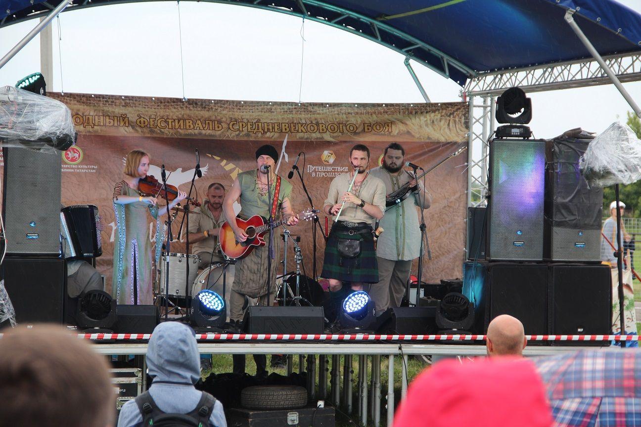 Болгар фестиваль музыканты
