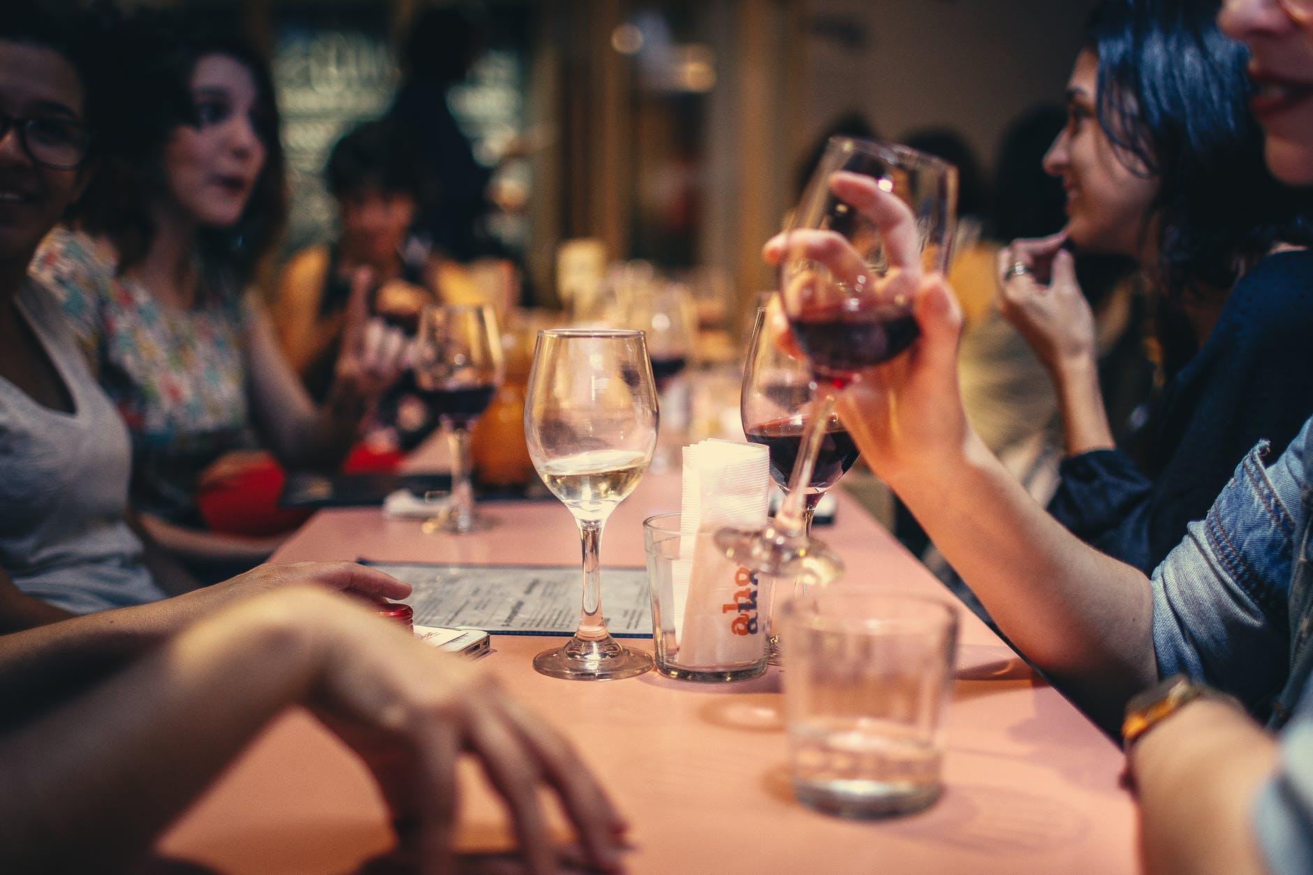 бар вино бокал ресторан